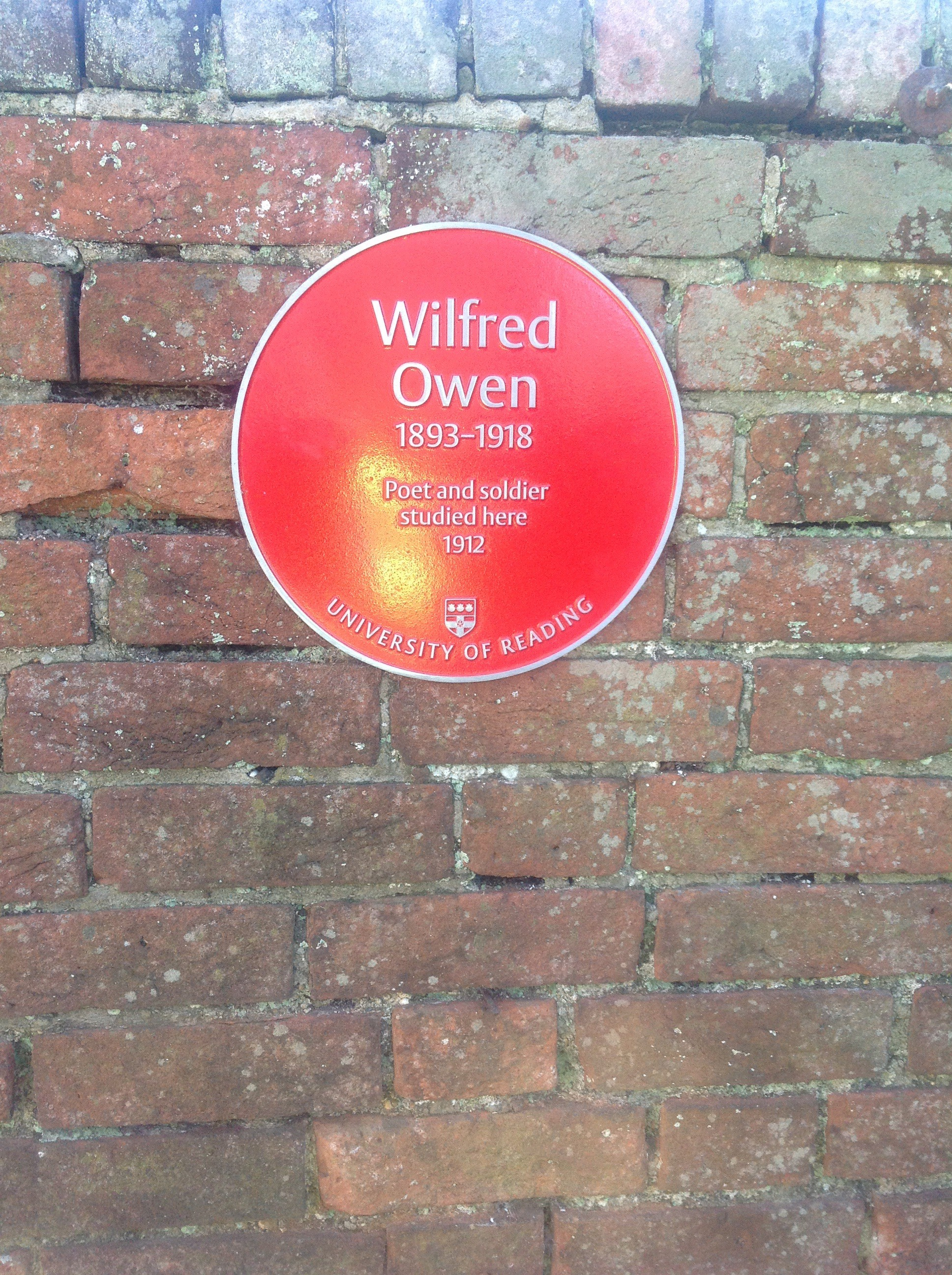 Plaque to Wilfred Owen
